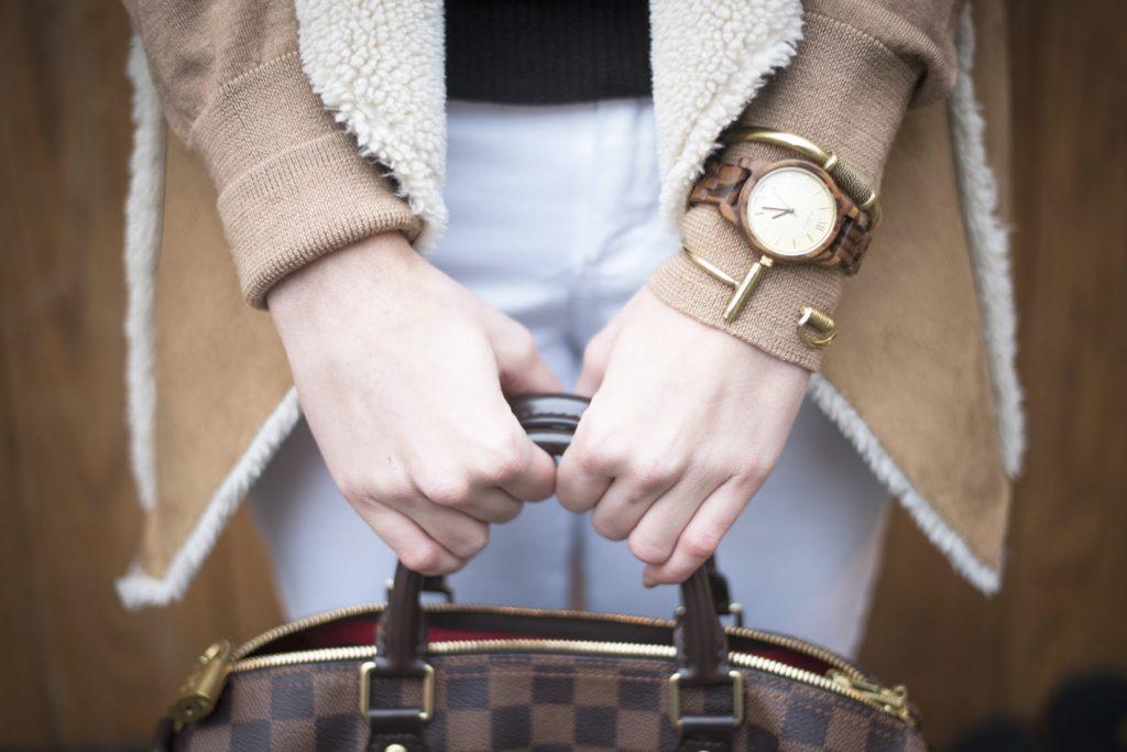 Style doesn't take a winter break (& GIVEAWAY!)
