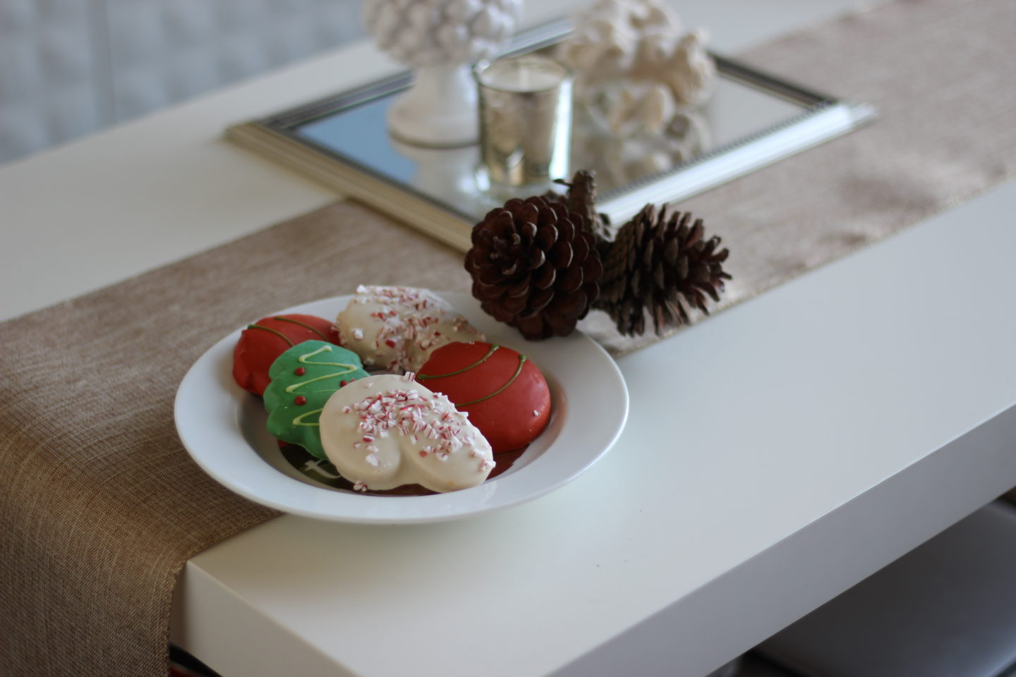 Sleigh the Season: 6 Christmas Date Ideas
